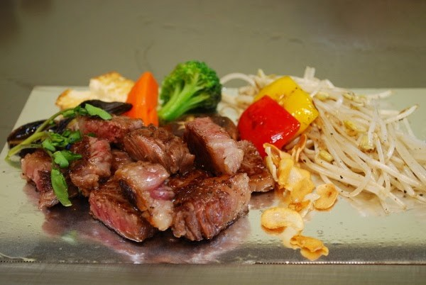 How can you say no to that Kobe beef?!