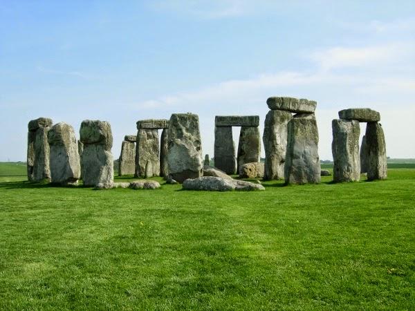 Stonehenge-2B6565953405-2B-600x450-