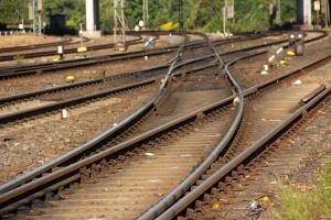 1400894_railway_tracks