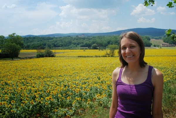 We found a sunflower field in Tuscany!