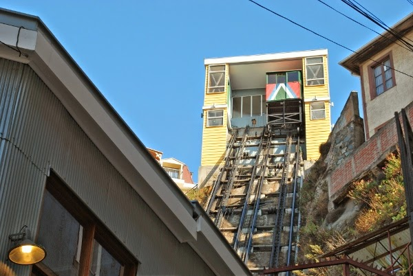 One of the many funiculars in Valparaiso.  Lots of fun and cheap!