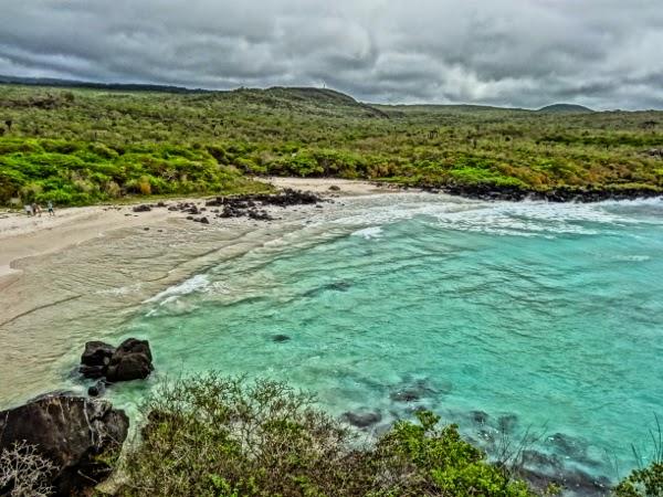 HDR Galapagos Beach