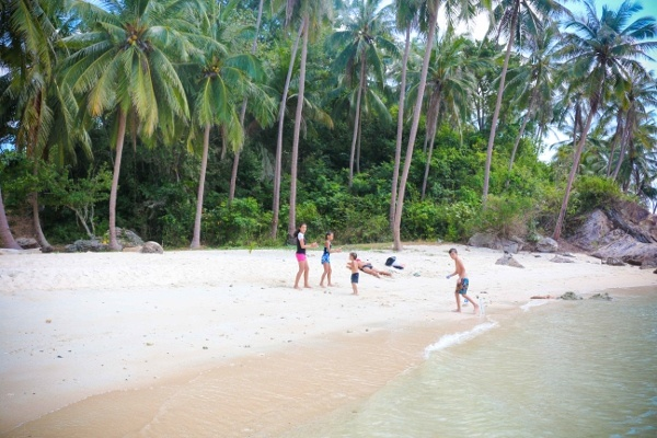 Taling Nam Beach