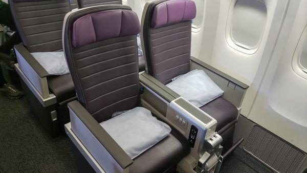United Premium Plus Is The New Seating Area Worth It
