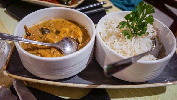 Curry at Grann Kaz