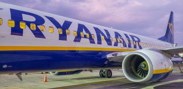 Ryanair plane from Catania to Rome