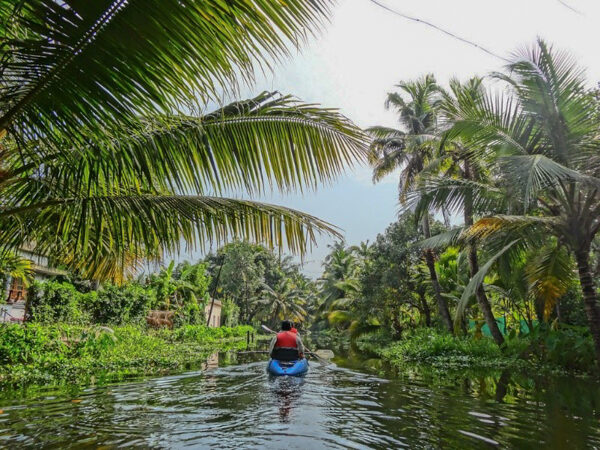 Kayaking in Alleppey