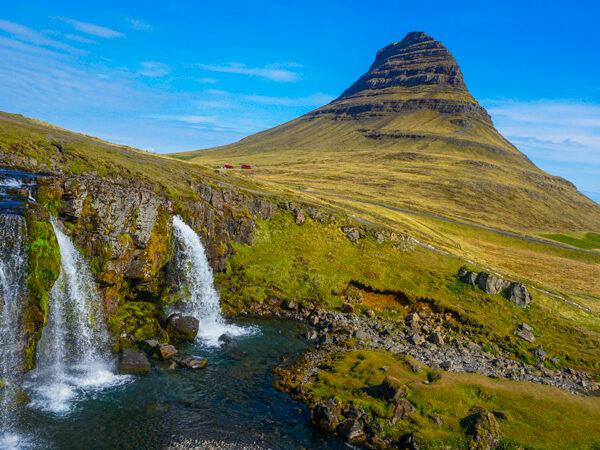 Kirkjufellsfoss and mountain