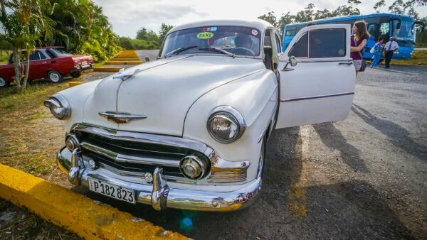 Renting a Classic Car to Vinales